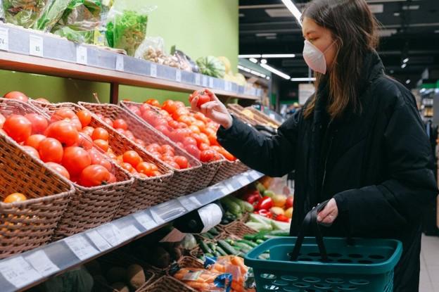 Cómo se adaptan los supermercados a la nueva normalidad